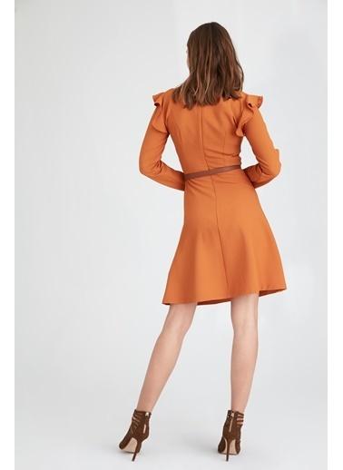 Uzun Kollu Volanlı Elbise-Setre